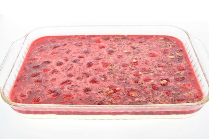 Divine Raspberry Piniapple Dessert - Raspberry Gelatin   yesilovewalmart.com