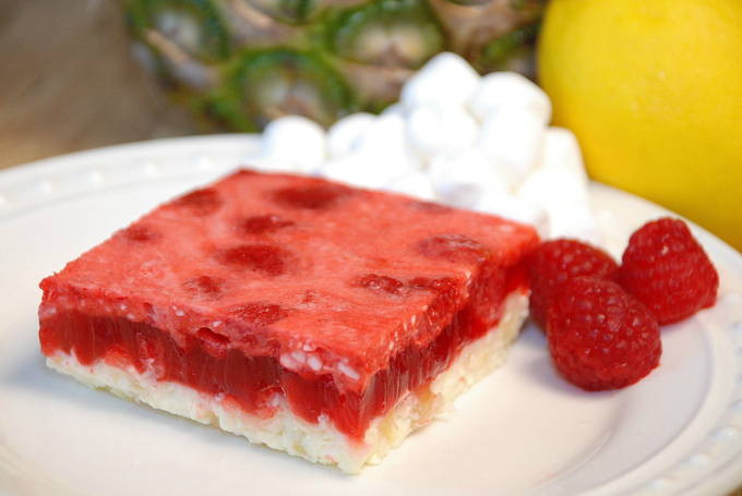 Divine Raspberry Piniapple Dessert   yesilovewalmart.com