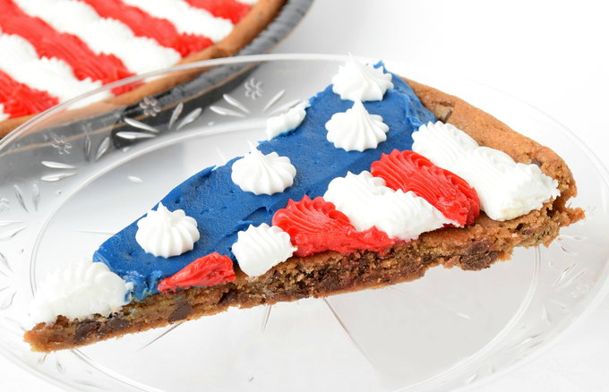 Flag Cookie - Serving | yesilovewalmart.com
