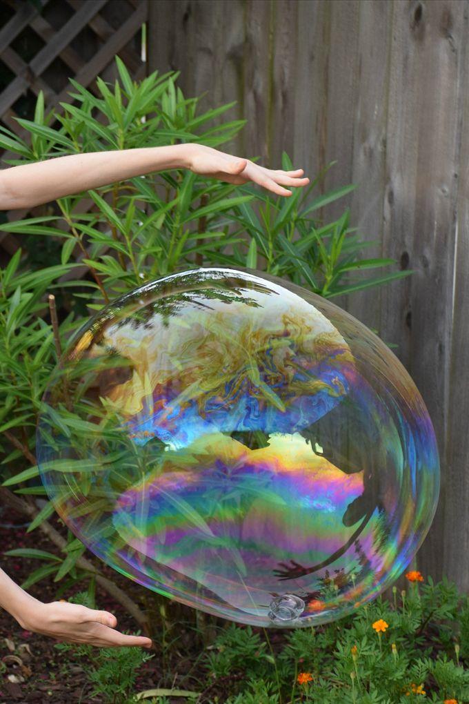 Giant Bubbles - Hands | yesilovewalmart.com