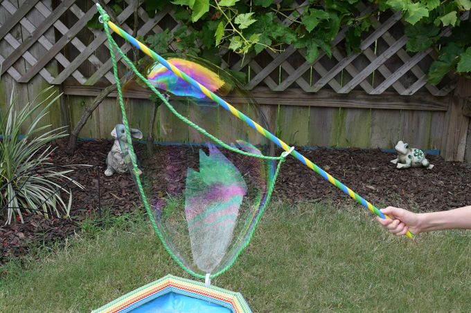 Making Giant Bubbles - Lift | yesilovewalmart.com