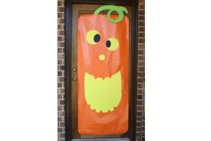 Pumpkin Face Door Greeter