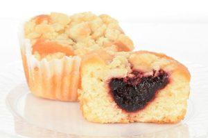 Raspberry Crumb Cakes – Tasty