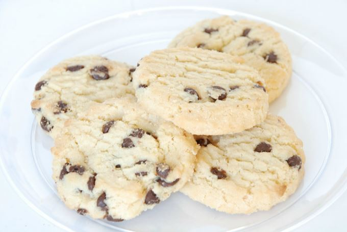Holiday Cookies - Chocolate Chip Cookie