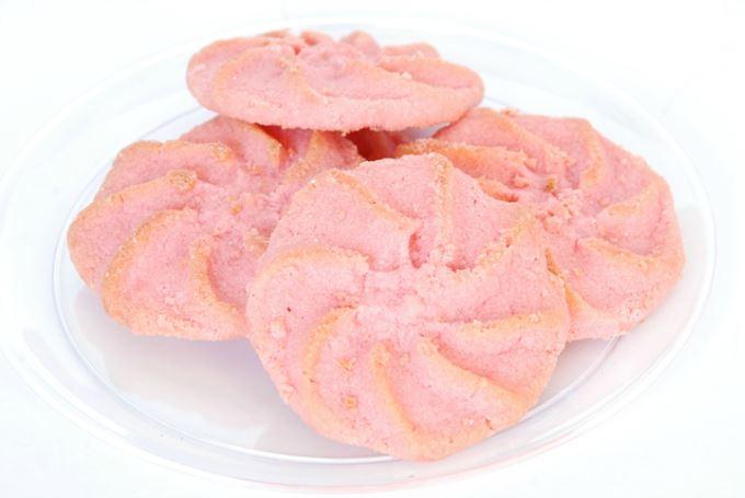 Holiday Cookies – Pink Spritz Cookie