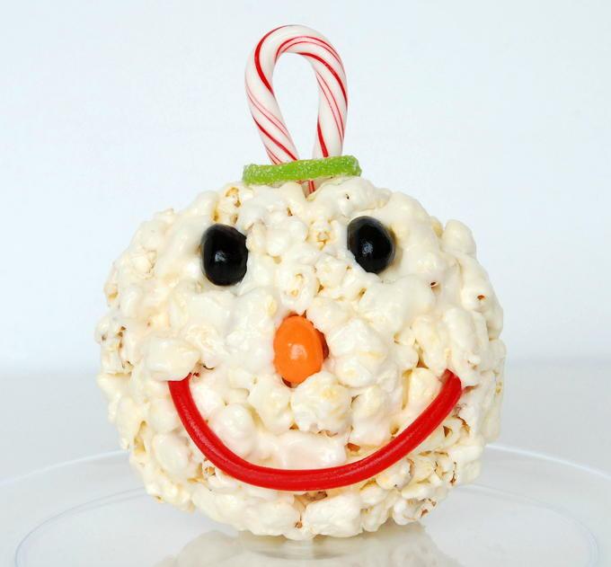 Snowman Marshmallow Popcorn Balls - Decoration | yesilovewalmart.com
