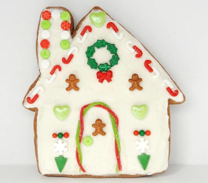 Gingerbread House Cookies - Wreath Cookie