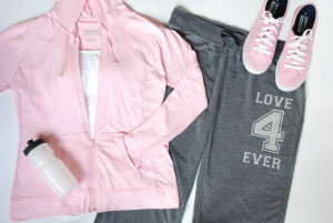 Workout Outfit – Pink, Grey, Love 4 Ever