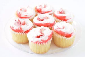 Strawberry Shortcake Cupcakes | yesilovewalmart.com