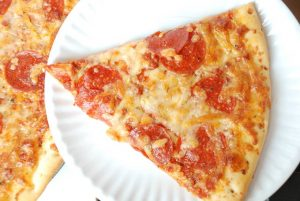 Deli Fresh Pepperoni Pizza | yesilovewalmart.com