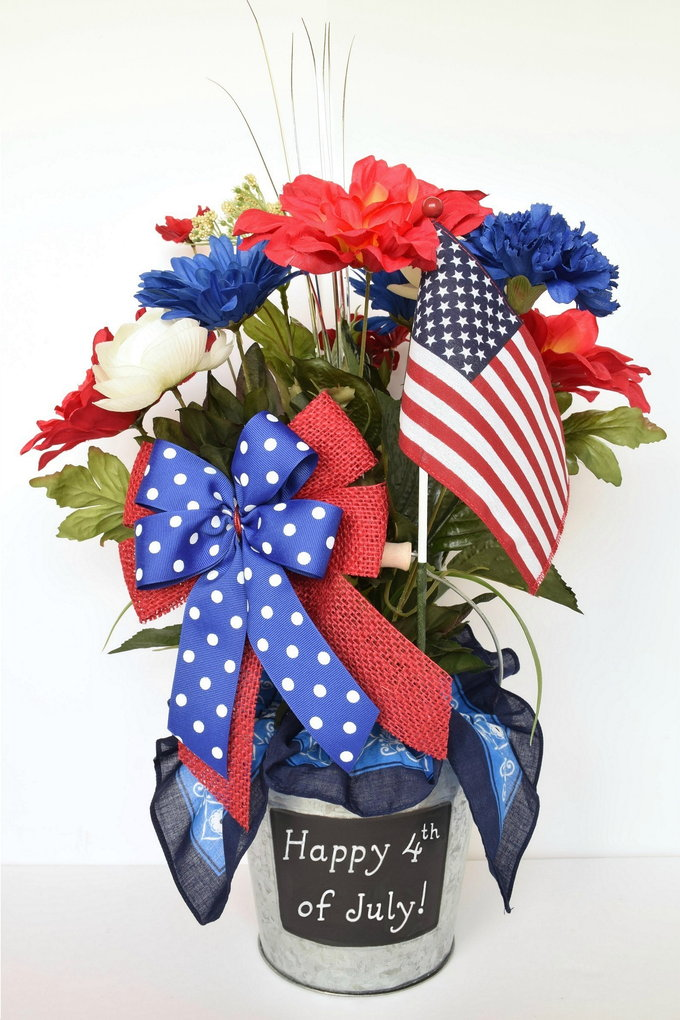 Patriotic Centerpiece - Directions | yesilovewalmart.com