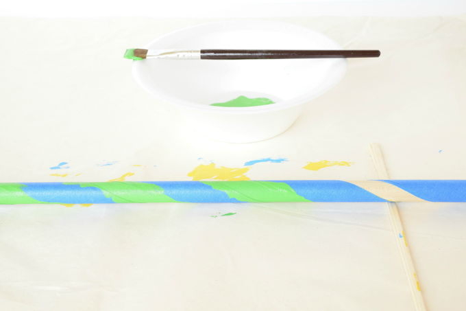 Giant Bubble Wand - Greem Paint | yesilovewalmart.com