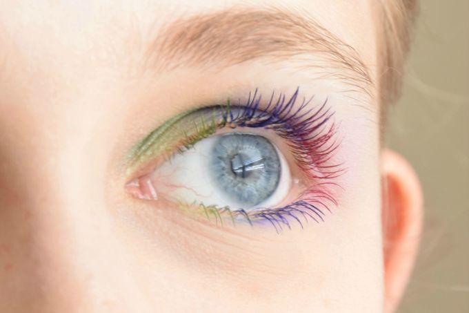 colorful-mascara-look | yesilovewalmart.com