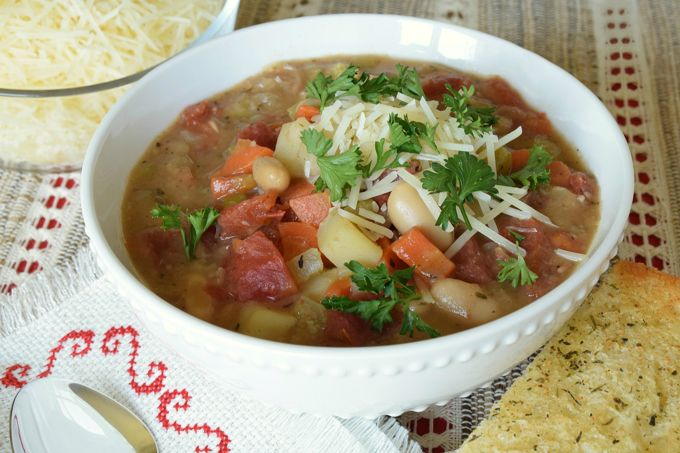 Hearty Italian Soup | yesilovewalmart.com